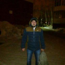 Парень ищет девушку для встреч, общения, секса (по желанию) в Екатеринбурге