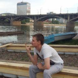 Парень из Москвы. Ищу подругу для встреч и секса без обязательсв