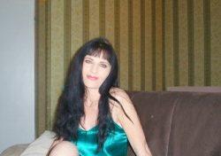 Обожаю делать минетик. Способная девушка ищет страстного мужчину в Екатеринбурге