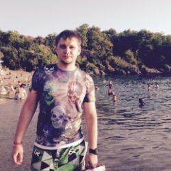 Я атлетичный парень, с фото, славянская внешность, хочу развлечься с модной девушкой в Екатеринбурге